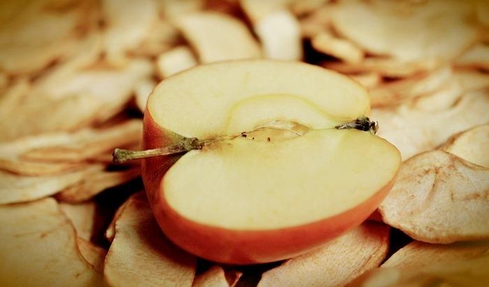Как правильно посушить яблоки в духовке