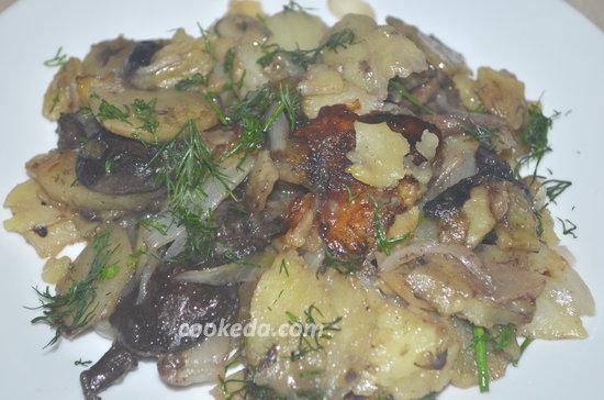 жареная картошка с лесными грибами-09