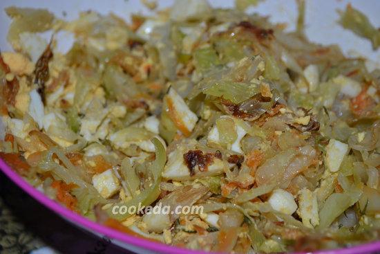 Пирожки с капустой и яйцом-10
