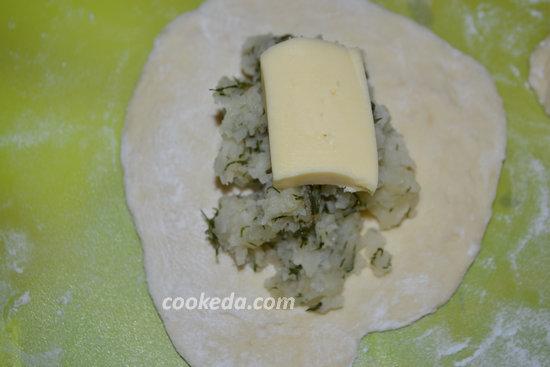 Пирожки с картошкой и сыром-10