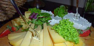 Готовим сырную тарелку