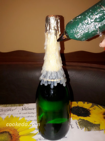 Декупаж бутылки шампанского-02