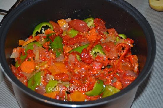 Перец фаршированный с мясом и рисом-08