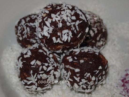 конфеты из бисквита-16