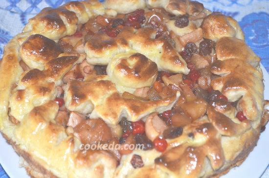 пирог с яблоками и калиной-01