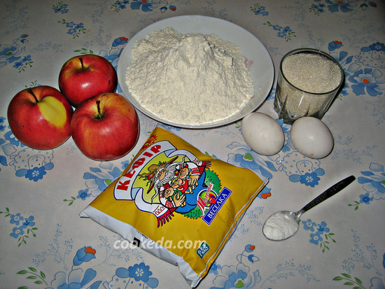 пирог с яблоками в духовке-02