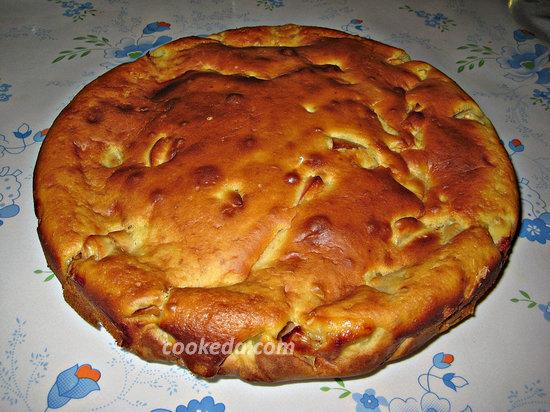 пирог с яблоками в духовке-17