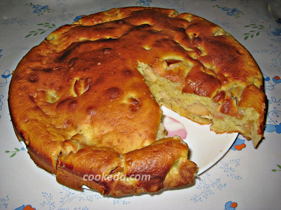 пирог с яблоками в духовке-18