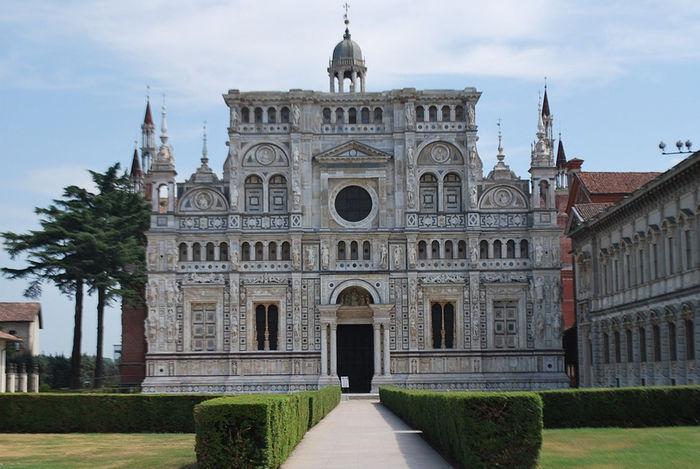 монастырь Чертоза (Certosa di Pavia)