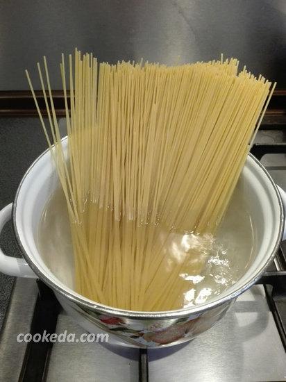спагетти с овощами и соевым соусом-03