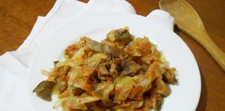 Капуста тушеная с грибами - пошаговый рецепт