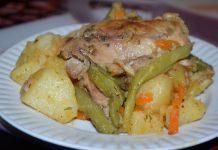 Куриные бедра с картошкой в мультиварке - пошаговый рецепт