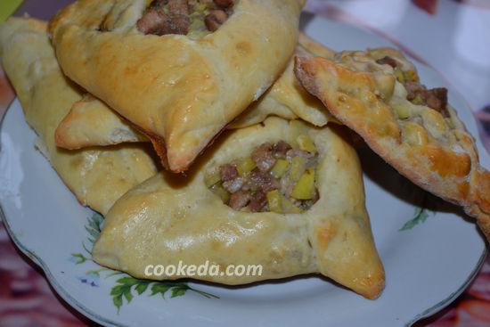 Пирожки открытые с картошкой в духовке
