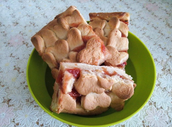 песочный пирог с яблочным джемом - пошаговый рецепт