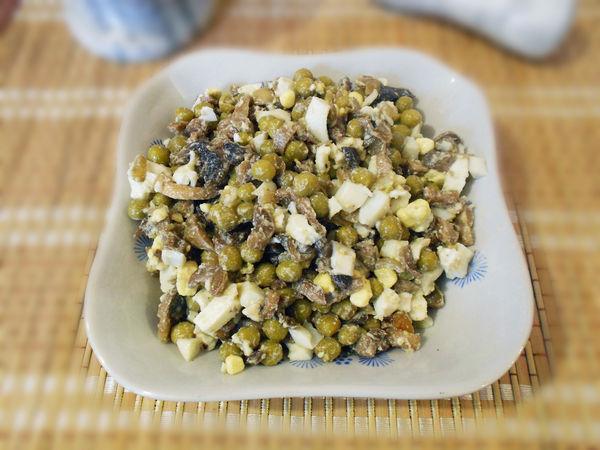 Пошаговый рецепт салата с жареными шампиньонами