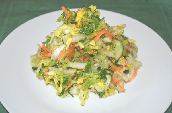 витаминный салат из пекинской капусты - пошаговый рецепт