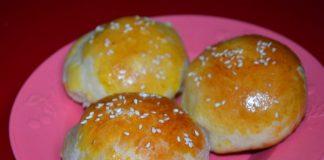 сдобные булочки с кунжутом - пошаговый рецепт