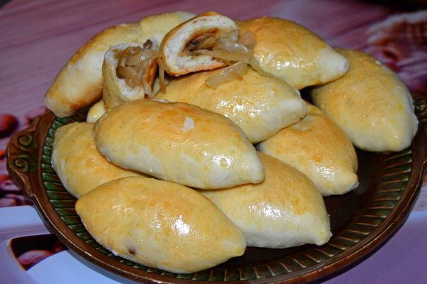 пирожки с капустой и грибами - пошаговый рецепт