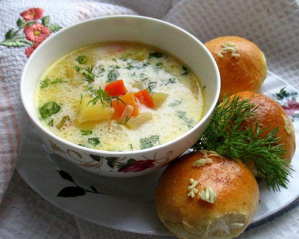 сырный суп с чесночными пампушками - пошаговый рецепт