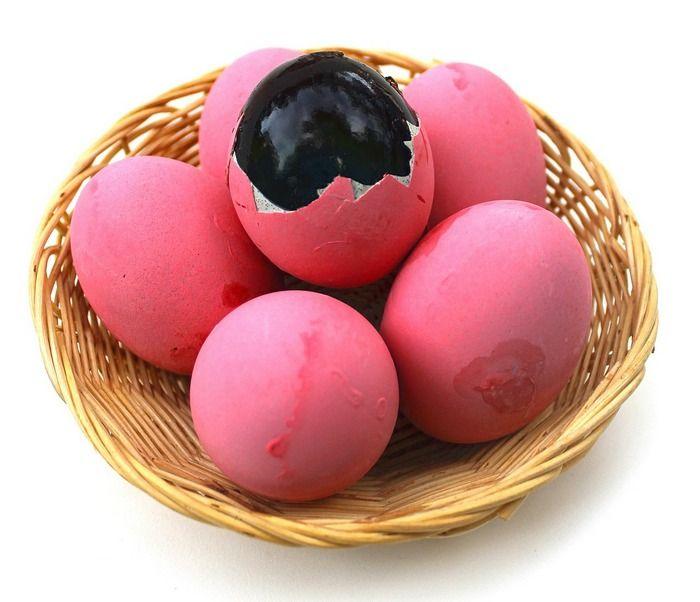 Столетнее яйцо