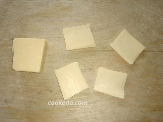 Картофель запеченный в фольге с сыром