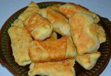 конвертики с колбасой и сыром - пошаговый рецепт