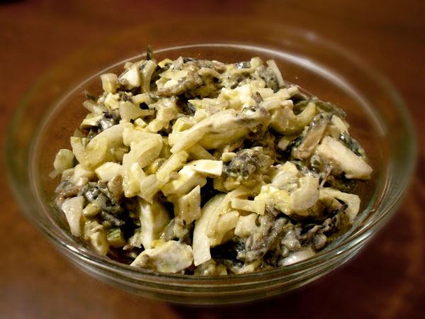 салат из баклажанов с маринованным луком - пошаговый рецепт