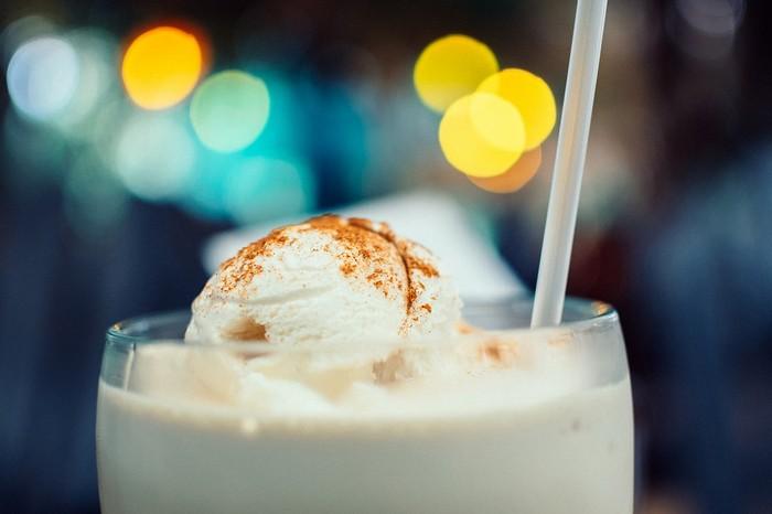 Домашние коктейли с мороженым
