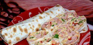 Сосиска в лаваше с сыром - пошаговый рецепт