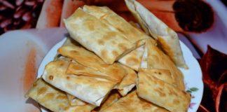 конвертики из лаваша с сыром и грибами - пошаговый рецепт