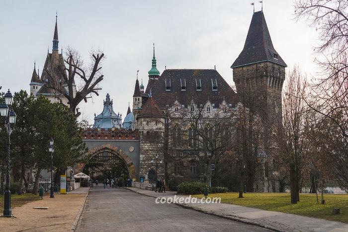 замок Вайдахуняд