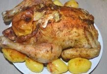 курица фаршированная яблоками с картошкой в духовке