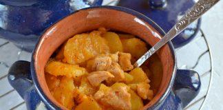 Как приготовить курицу с картошкой в горшочках