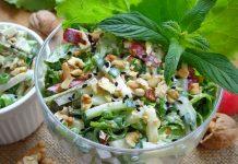 салат из редиски со сметаной - рецепт с фото