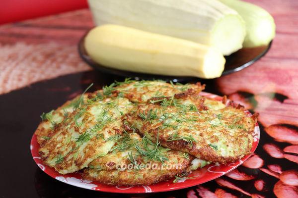 кабачковые оладьи рецепт с сыром и чесноком