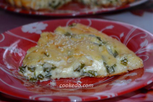Заливной пирог с сыром и зеленью