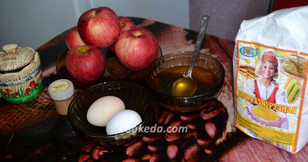 Яблочные драники на сковороде