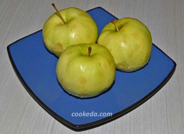Как запечь яблоки в мультиварке