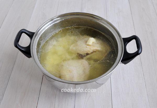 Щи из свежей капусты с курицей
